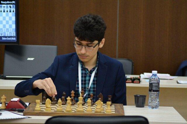 نابغه شطرنج ایران، تغییر تابعیت را تایید کرد