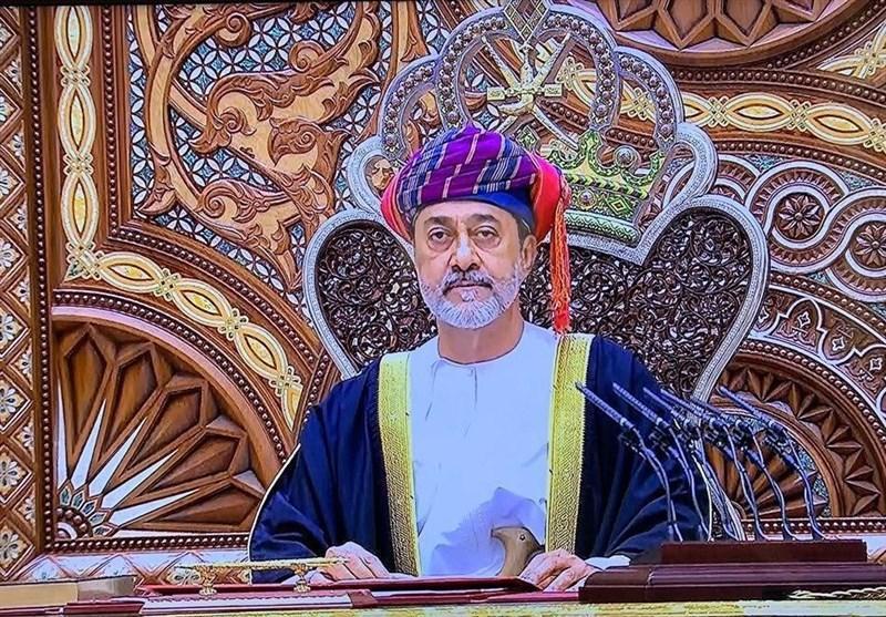 ملک سلمان برای تسلیت به سلطان هیثم بن طارق به عمان رفت