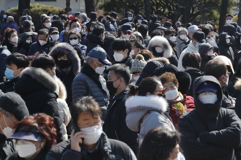 شیوع ویروس کورونا در چین از اوج عبور می نماید، انتظار برای پاک شدن شهر ووهان