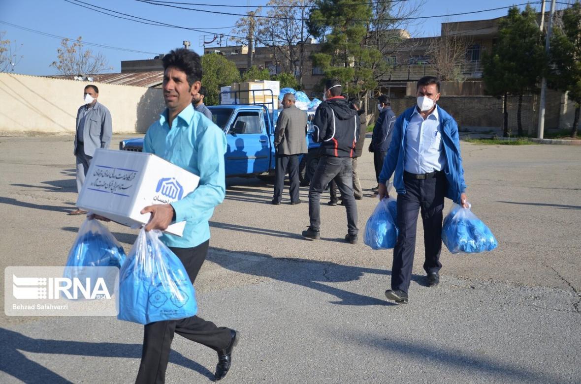 خبرنگاران 200 بسته بهداشتی میان نیازمندان دشتستان توزیع شد