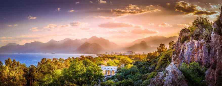 آشنایی با ساحل کنیالتی آنتالیا یکی از اصلی ترین سواحل آنتالیا