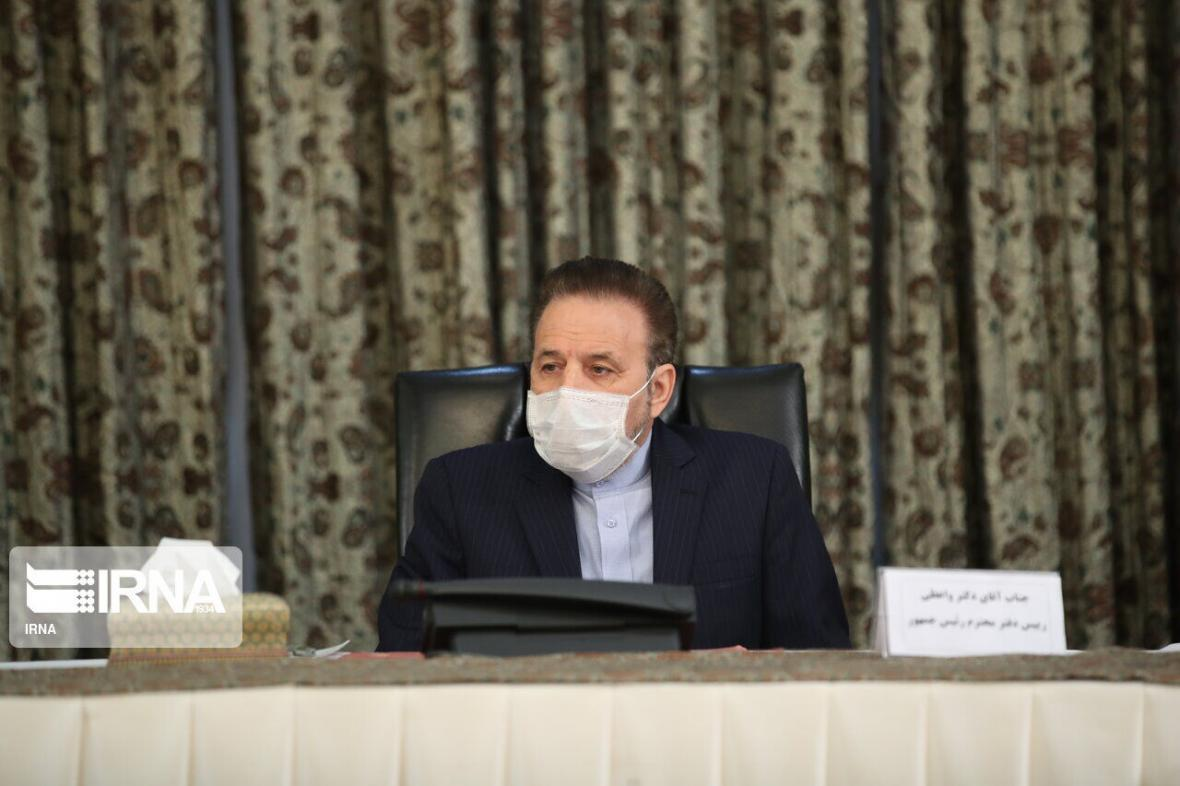 خبرنگاران واعظی: بازگشت آزادگان به کشور نماد خودباوری است