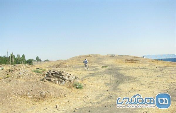 اریک تپه الوند یکی از سکونتگاه های قرون میانی اسلام است