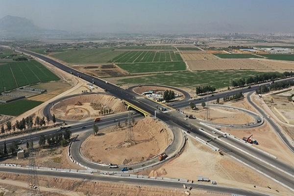 عرضه آزادراه های اصفهان-شیراز و شیراز-بوشهر در بورس، ریسک سرمایه گذاری در آزادراه ها صفر است