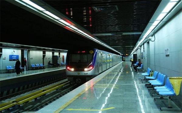 عدم پذیرش مسافر در ایستگاه برج میلاد تهران از ابتدا تا سرانجام مراسم افتتاحیه