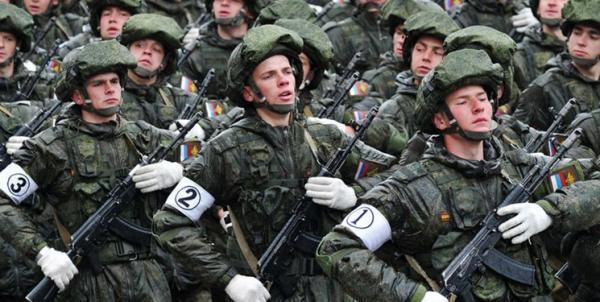 مدودوف: با تقویت ارتش روسیه به کوشش در بی ثباتی در قطب شمال پاسخ خواهیم داد