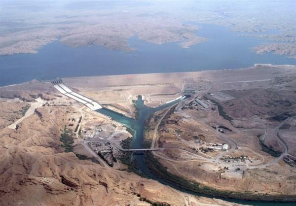 ذخیره سد های کشور به نصف رسید